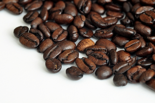 Coffee farmers face lower earnings as global prices drop