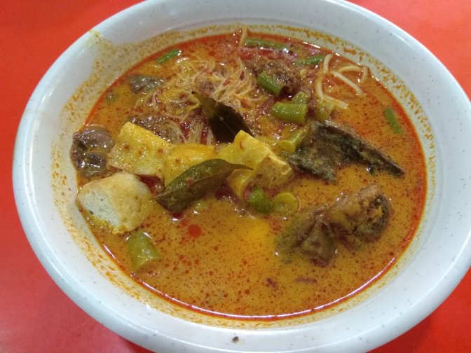 Sweet and Cozy Curry Mee