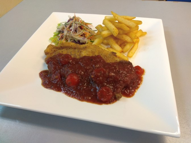 Maryland Crisp Fish with tomato sauce