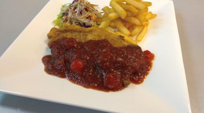 Maryland Crisp Fish with tomato sauce