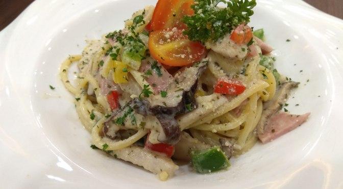 Creamy White Carborana Spaghetti
