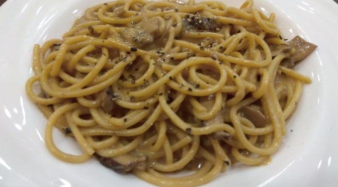 French Creamy Mushroom Sauce Spaghetti